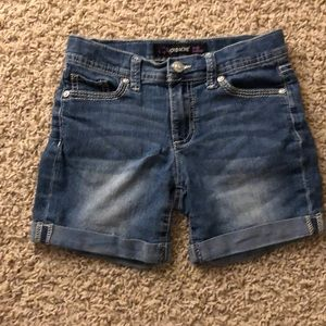 Midi short denim shorts
